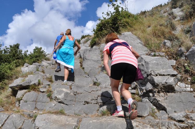 Pathway of the Gods - - more climbinin