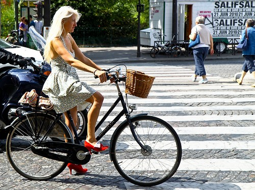 dutch-bike-lady-for-blog