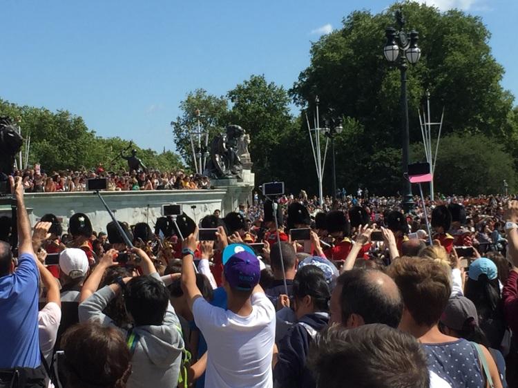 selfie stick crowd