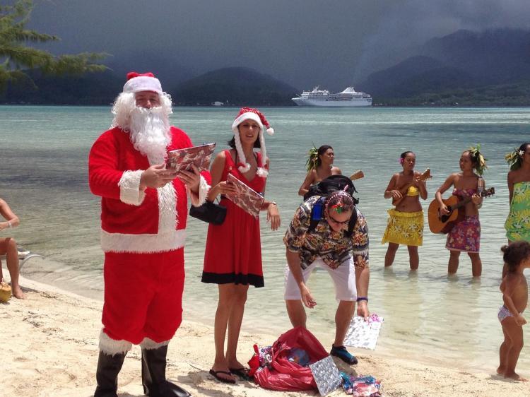 Santa PG cruises