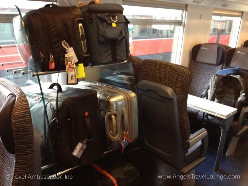 Italy_LuggageRack2