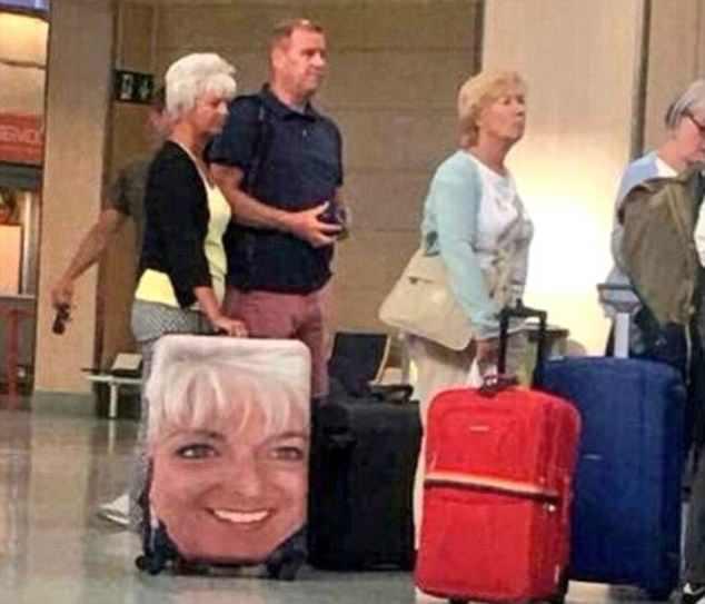 image suitcase